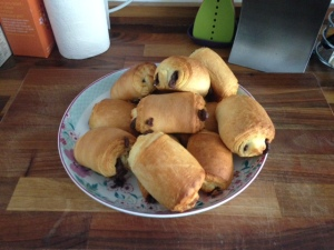 Jus-rol pain au chocolats cooked